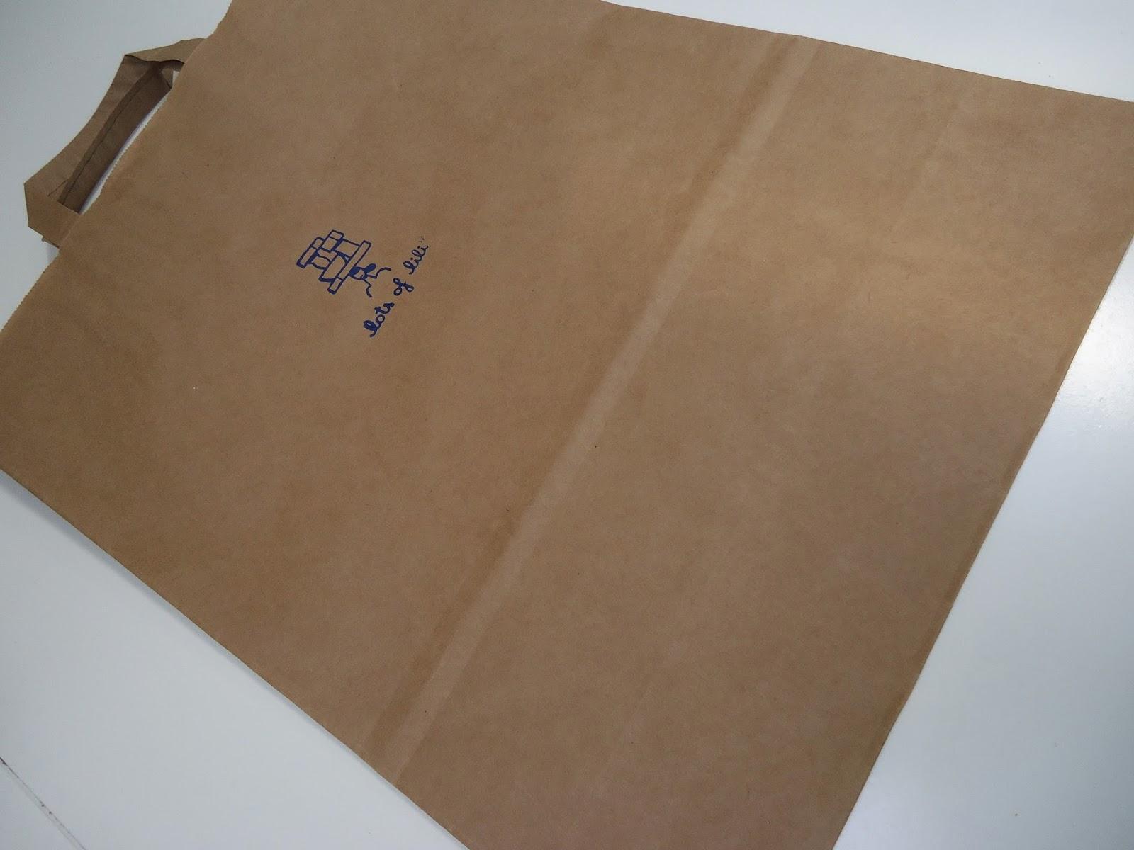 De Papieren Zak : Schwarze mini tragetüte ideal für den transport geeignet