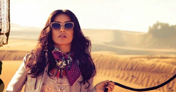 ... Hot And Sexy Actress Galley : Shraddha Kapoor Hot Bikini Photoshoot