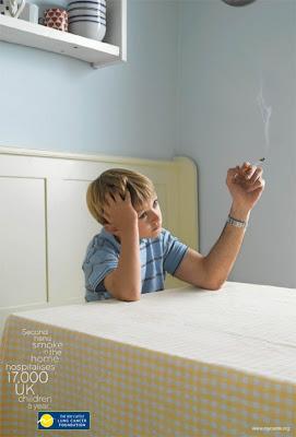 anak sekolah belajar rokok
