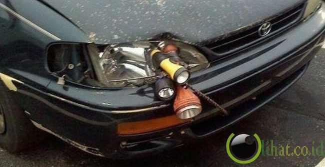 Senter = Lampu Mobil