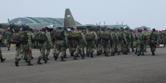 TNI Gelar Pasukannya Untuk Padamkan Kebakaran Hutan di Riau