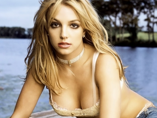Britney Spears Nice Cleavage In Sexy Lingerie In Hot FHM Photoshoot
