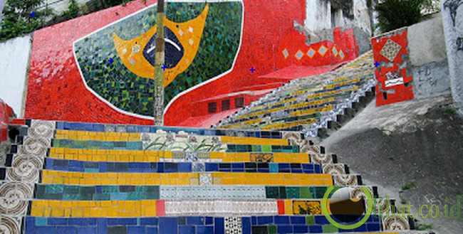 Escadaria Selaron, Brazil