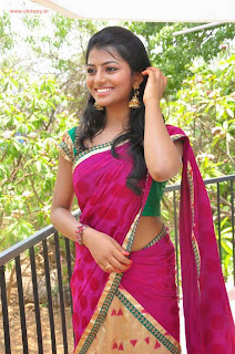 Actress-Rakshitha-Stills-in-Saree-at-Love-Language-Movie-Opening