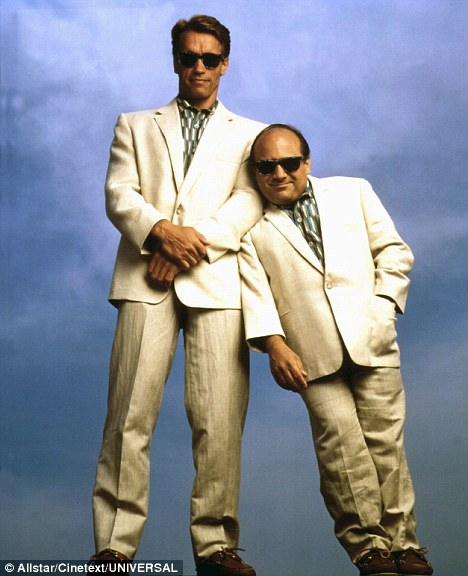 Twins [1988 Video]
