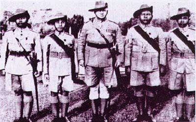 Bolehkah mereka dianggap sebagai wira atau pun sebagai barua British.