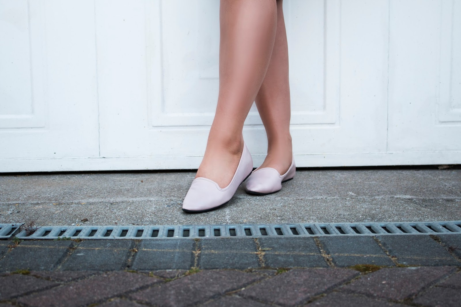 HOW TO WEAR FLAT SHOES FOR A NIGHT OUT OOTD