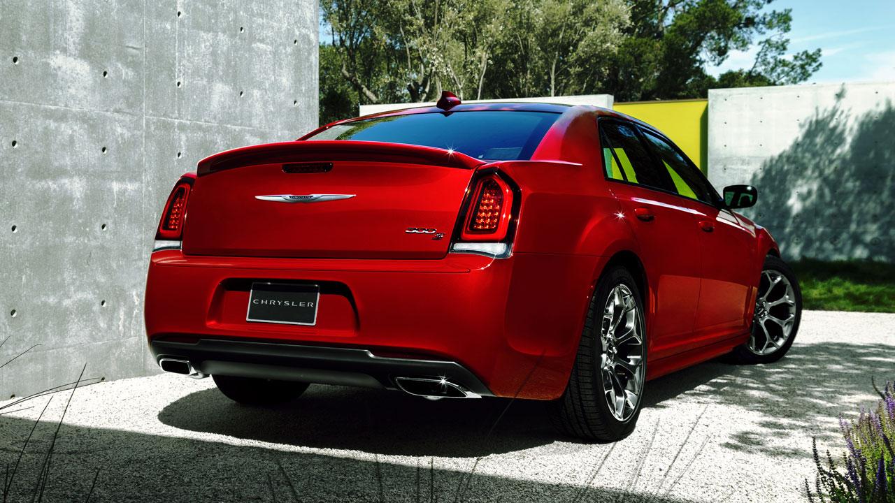 Chrysler 300 rear