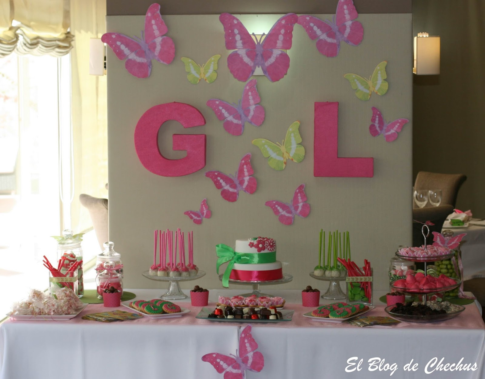 Chechus cupcakes valencia for Decoracion mesas dulces