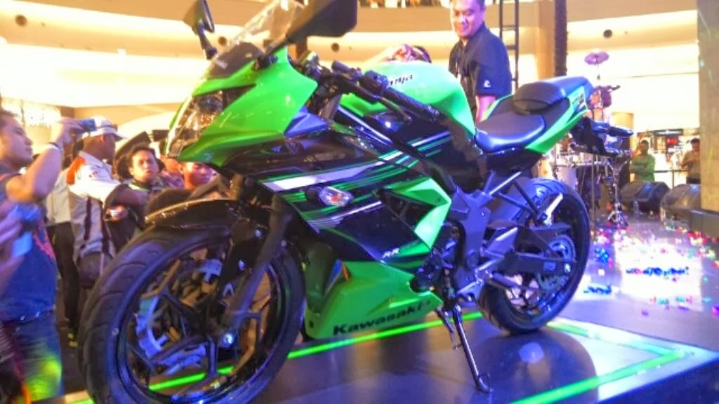 Spesifikasi dan Harga Kawasaki Ninja 250RR