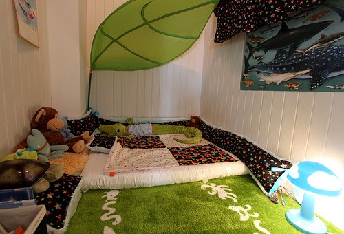 http://offbeatfamilies.com/2011/07/toddler-bed-floor-mattress