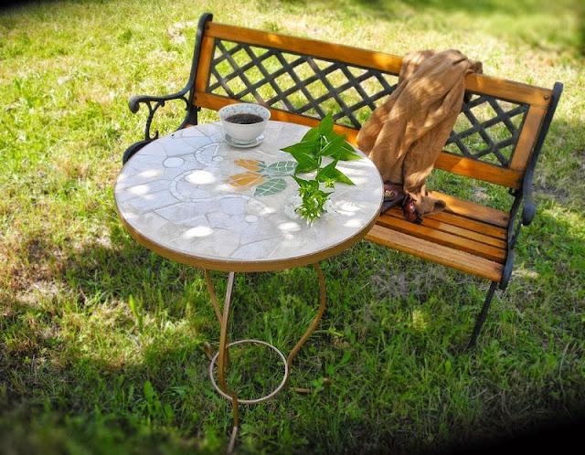 Stolik Herbaciany, mozaika artystyczna