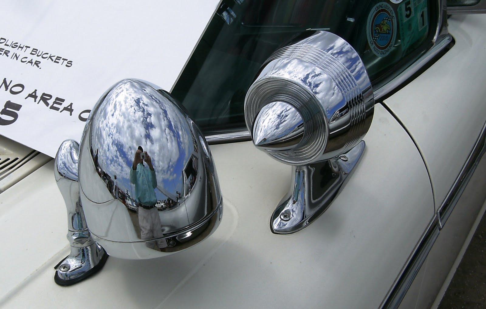 Show quality! NOS 1959 Mercury Left Inner Headlamp Door