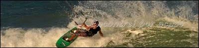Kitesurf e esportes de vento na Barra do Cunhaú