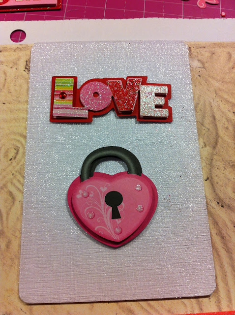 love-lock-valentine-card-shimmer
