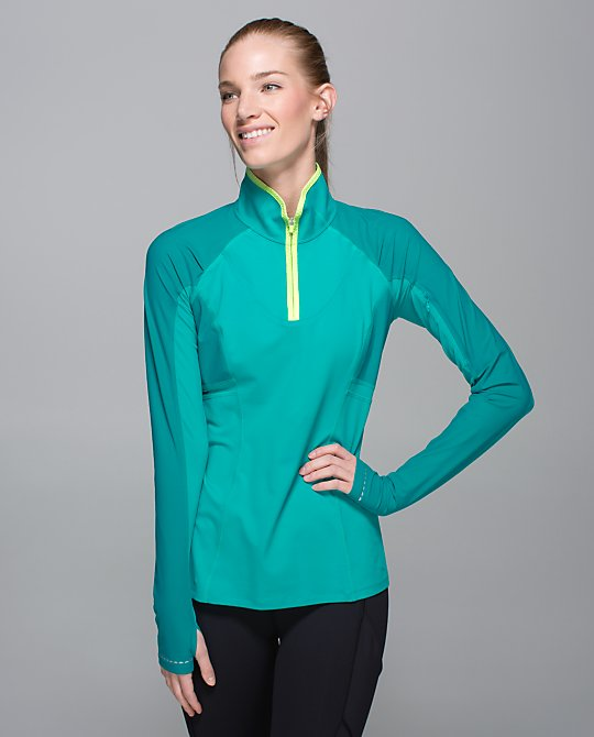 lululemon-trail-bound-pullover