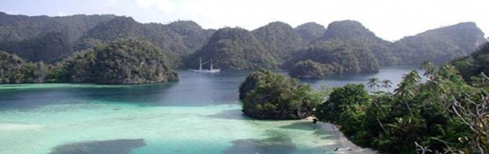 Menikmati Pulau Rinca Yang Eksotis
