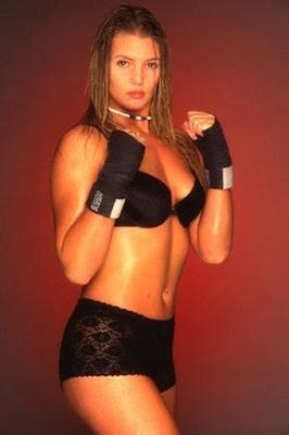 "Keri ""The Crusher"" Crothers - MMA Woman"