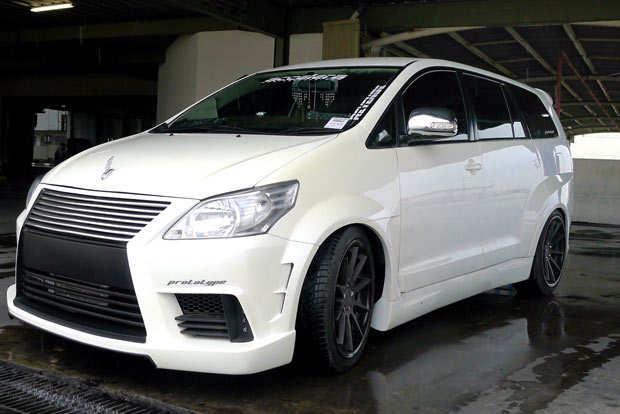 Modifikasi-Toyota-Kijang-Innova