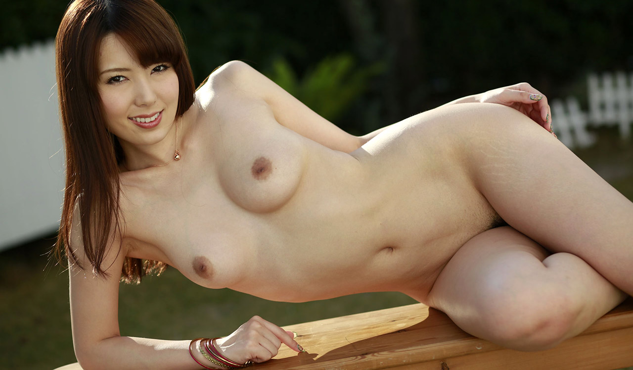 yui hatano hot nude photos 03