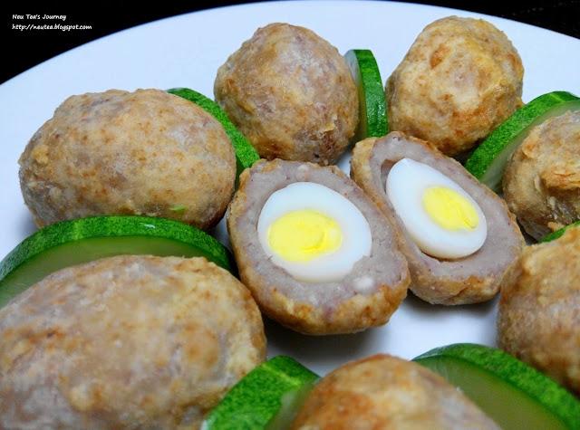 "Yam Ball with Quail Egg ""紫蛋"" 鹌鹑蛋芋角"