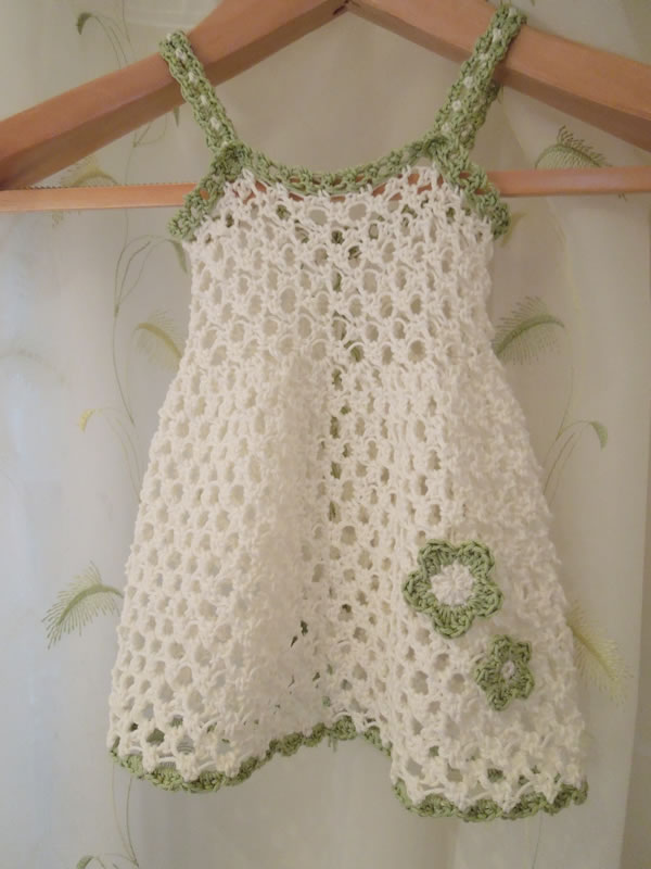 Crochet Baby Winter Dress Pattern : Happy Berry Crochet: Baby Girl Dress Sizes