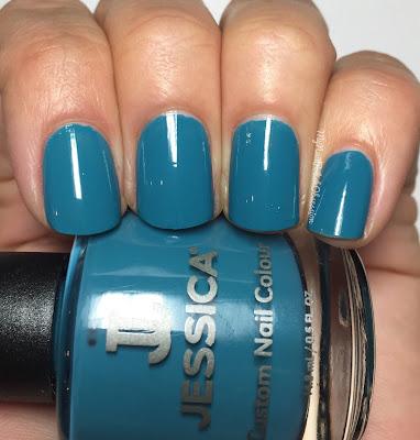 Jessica Cosmetics La Vie Boheme; Faux Fur Blue