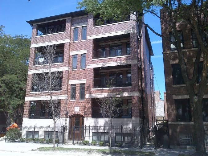 The Chicago Real Estate Local Sky 39 S The Limit For Lincoln Park Three Bedroom Condo Unit Sales