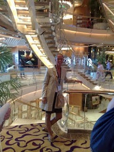 On Independence of the Seas