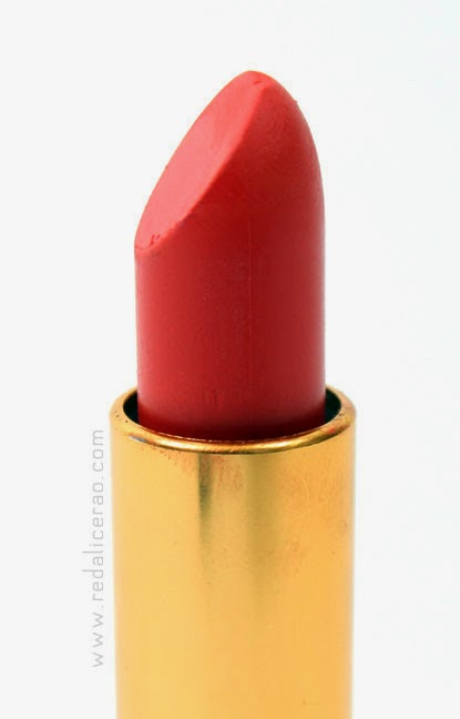 Orange Lips, Beauty Blogger, Summer Lipstick trend, Orange Lipstick, Medora Lipstick, Pakistani Beauty Blog, Beauty, Summer trends, Summer Makeup trends, red alice rao, redalicerao