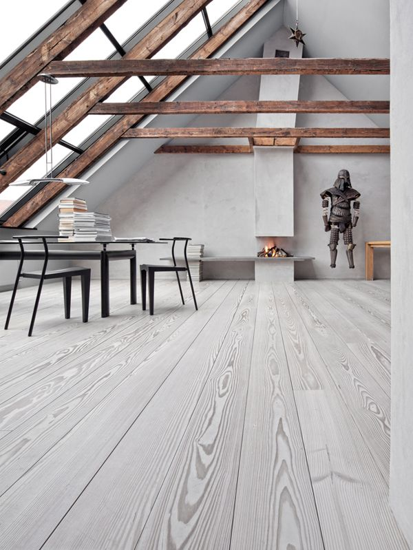 whitewashed floors beams