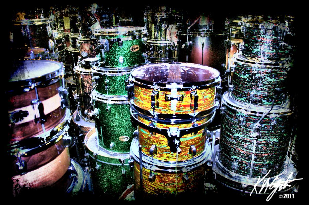 Gatzkart grunge the drumline photopaint filter forge for Motor city guitar waterford