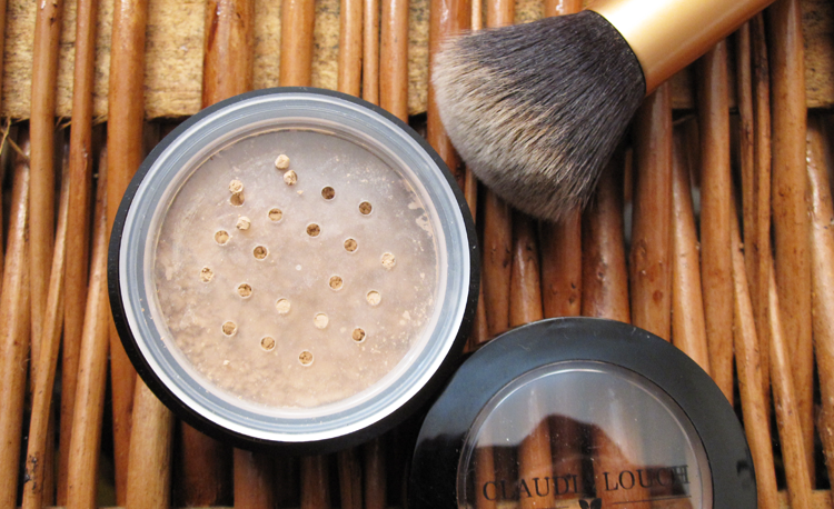 Claudia Louch Mineral Loose Powder in N5