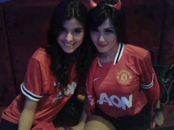 We love Manchester United