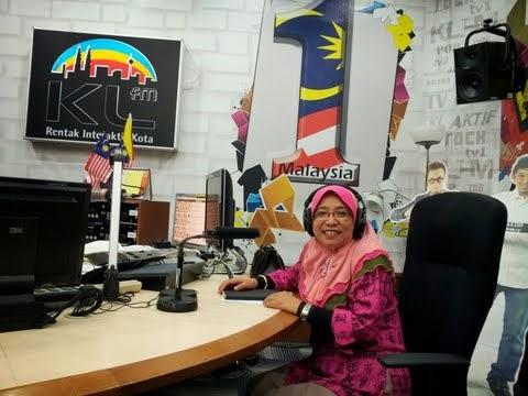 Semasa 'on-air' di KL FM...