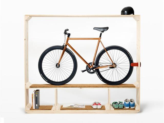 Prateleira para livros, sapatos e bicicleta
