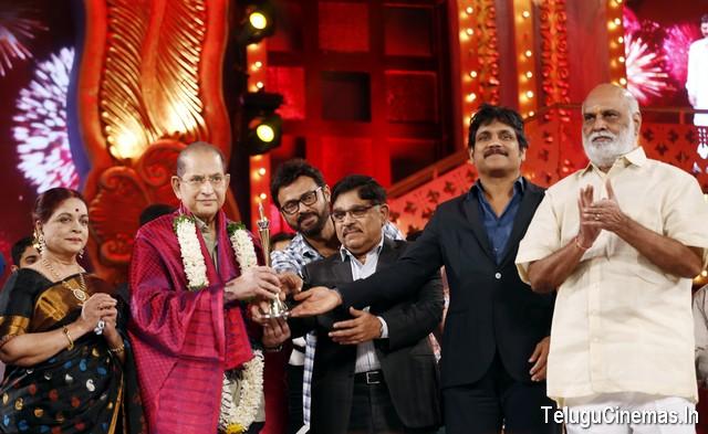 Cinemaa Awards -2015 winners list,Cinemaa awards winners list,Best actor Nagarjuna,Best hero Allu Arjun,Best cinema awards,Maa Tv Cinemaa Awards,Life time achievement awards for superstar krishna, Telugucinemas.in exclusive