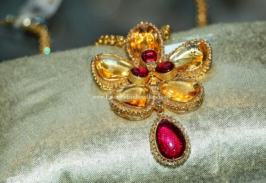 5 Petal Gold Floral Pendants