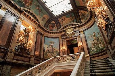 El palacio de linares Linaresescalera2%5B1%5D