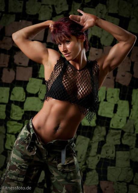 Astrid Lahnstein - Female Fitness Model