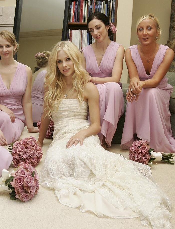 Red Carpet Dresses Avril Lavigne