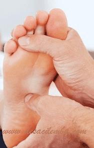 Manfaat hebat dari memijat kaki