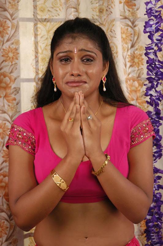 All Stars Photo Site: Siniya Latest Hot Stills From Thalapulla Movie