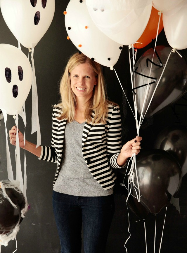 Simple and awesome DIY Halloween balloon ideas! || Design Improvised blog