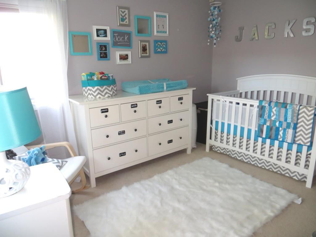 Cuarto de bebe en gris y turquesa - Chambre bebe garcon gris bleu 2 ...