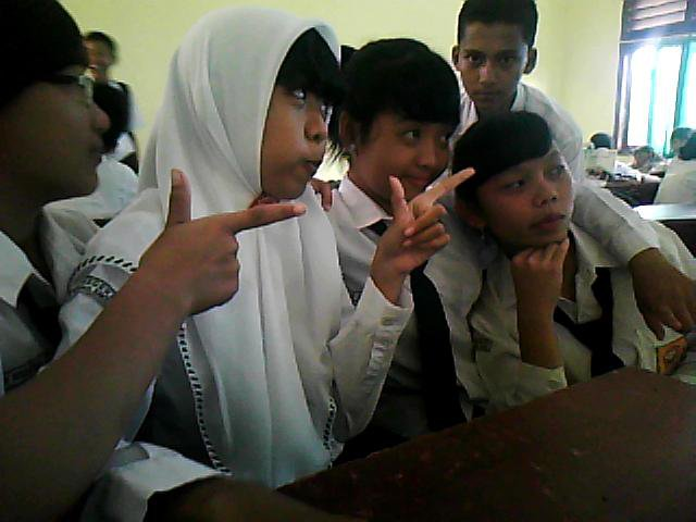 enjoy with friends in the class 91