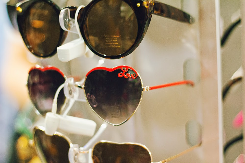 vintage lolita love heart sunglasses