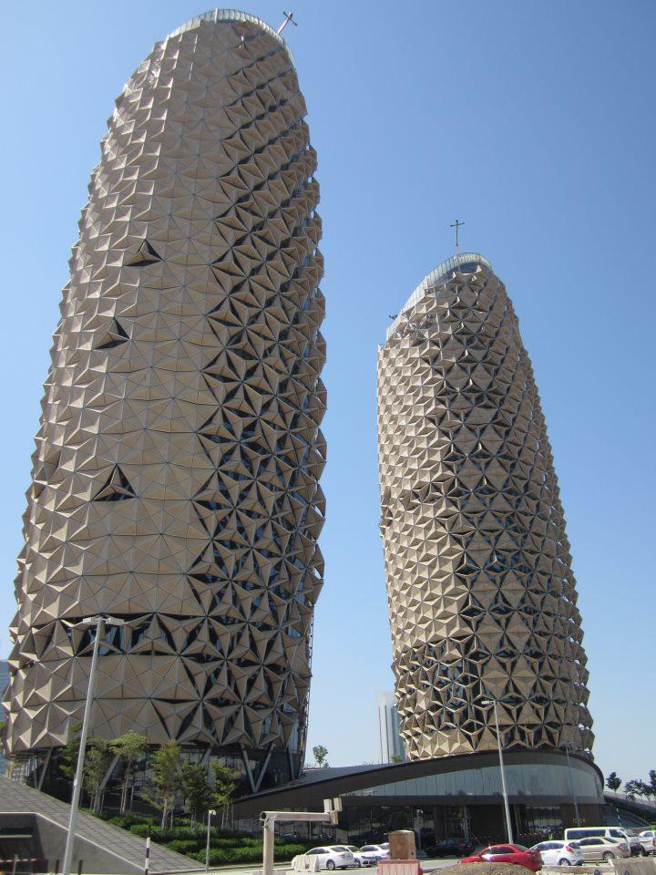 Sports news al bahr towers abu dhabi by aedas for Al manzool decoration abu dhabi