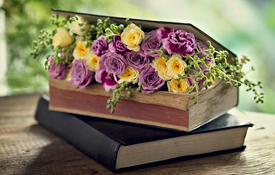 Resultado de imagem para flores delicadas com livros