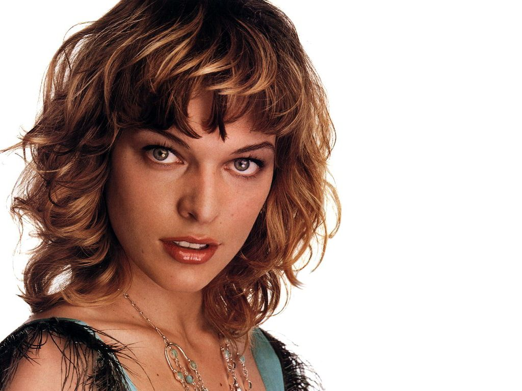Milla Jovovich - Images Hot